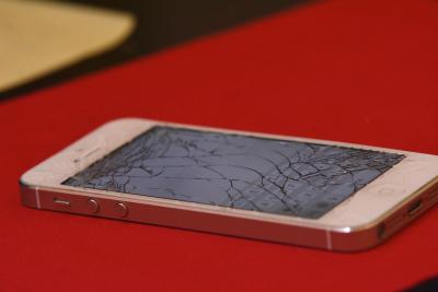iPhone owners have spent $14 billion on phone repairs since 2007